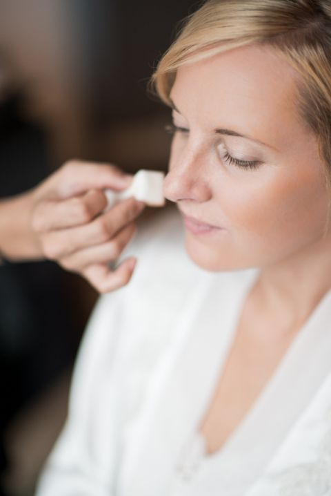 Bride gets ready in her NYC hotel before her New York City Hall Wedding. Captured by northern NJ wedding photographer Ben Lau.