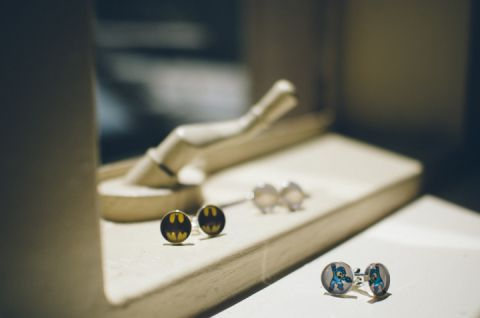Cufflinks photo at the Hempstead House in Sands Point Preserve, Long Island. Captured by NYC wedding photographer Ben Lau.