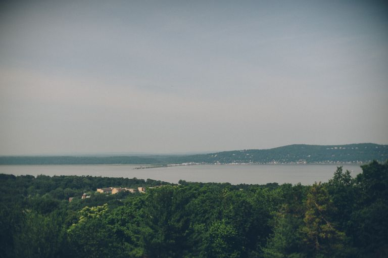 Scenery of upstate NY at the Castle on the Hudson in Tarrytown, NY. Captured by NYC wedding photographer Ben Lau.