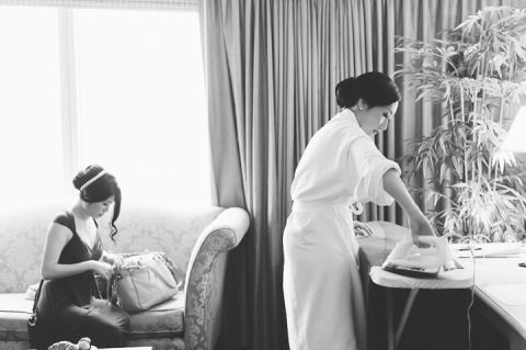 Bridesmaids get ready for Sandy's wedding day at Mudan's. Captured by NYC wedding photographer Ben Lau.