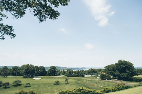 Sleepy Hollow Country Club wedding in Tarrytown, NY - captured by Westchester wedding photographer Ben Lau.